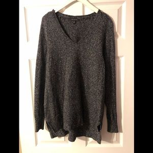Ann Taylor Salt and Pepper colored Sweater Tunic!